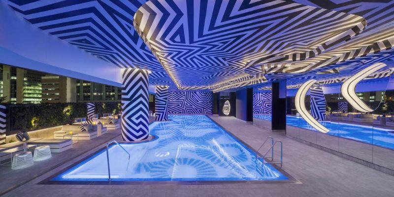 W Brisbane pool